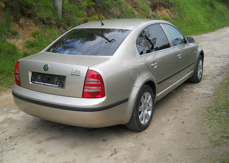Skoda Superb 1,9 Superba Total