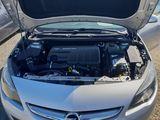 Opel Astra 1.7 CDTI, fotografie 3