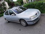 Renault Megane, motor 1.4, 96CP, fotografie 5