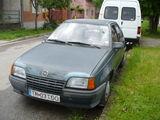 Vind Opel Kadett 1,3 sau dezmembrez,Prog. Rabla