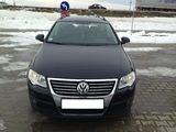 Volkswagen Passat 1.6 TDI BlueMotion 2011 ca Break în Focsani