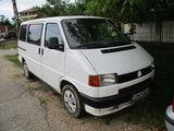 Volkswagen Transporter (7+1 Locuri)
